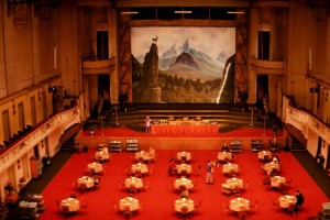 item5_rendition_slideshowWideHorizontal_grand-budapest-hotel-set-06-hotel-dining-room-750x500
