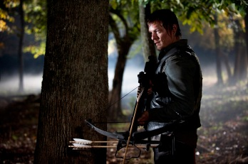 daryl_dixon_wallpaper___2_by_sometimesifeelikemeg-d4wwn81