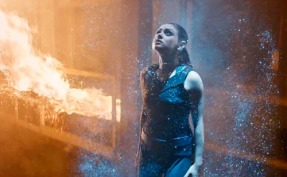 Jupiter Ascending (2014) trailer (Screengrab)
